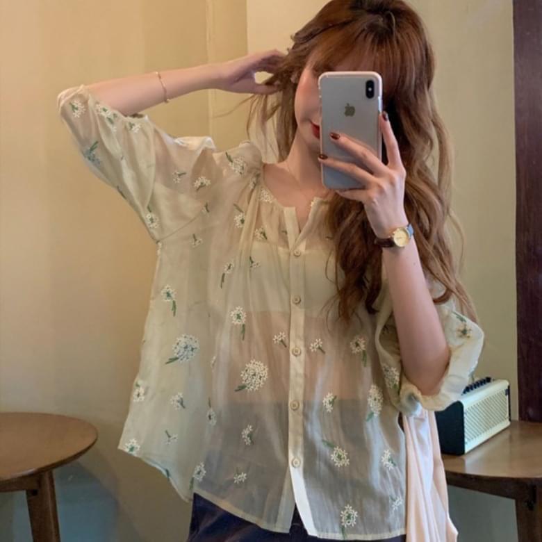 韓國空運 - Soft floral embroidered chiffon blouse 襯衫