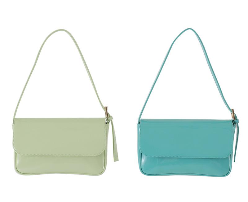 Color enamel flap shoulder bag