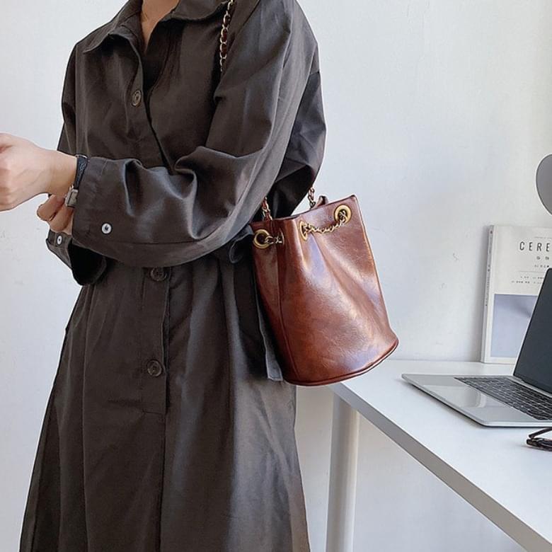 Retro Circular Leather Chain Shoulder Bag