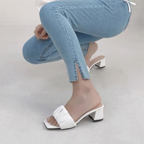 High net pleated slipper heel