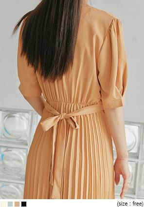 韓國空運 - 疊襟腰綁帶百褶襬長洋裝