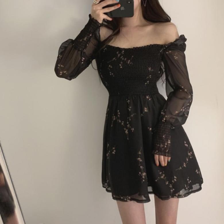 Black Ruffle Ruffle Chiffon Dress
