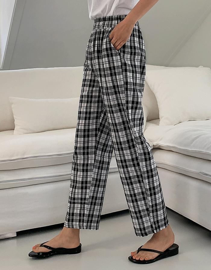 April check pants