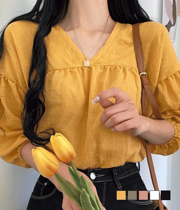 Deer linen v blouse