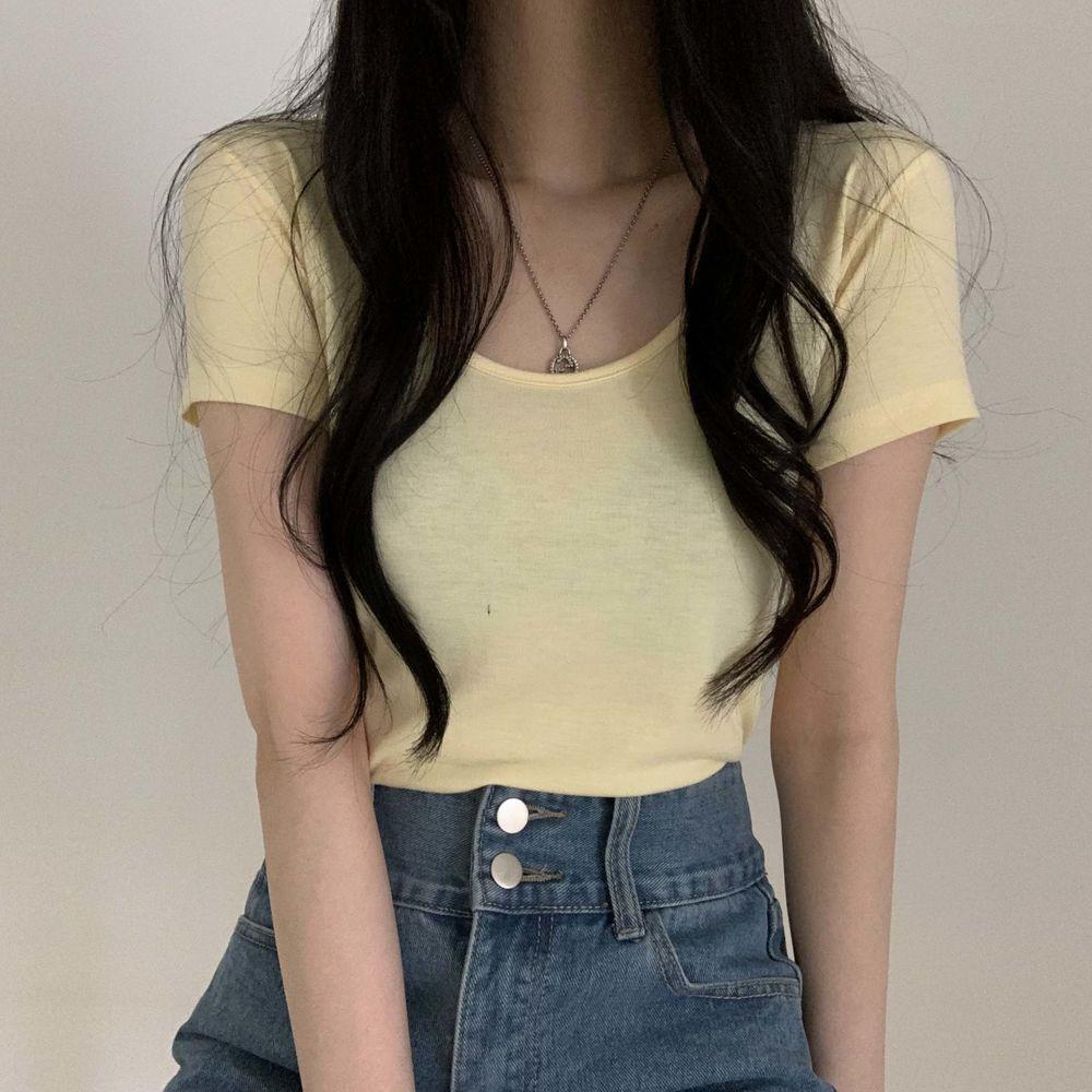 Slim U-neck short-sleeved T-shirt