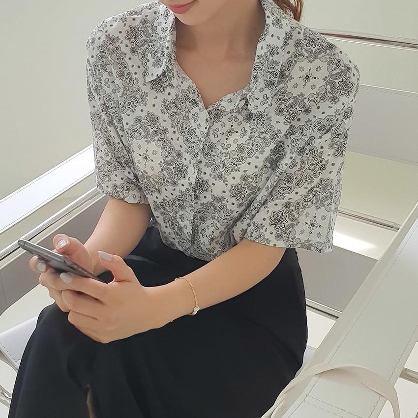 페이즐리 스트링 크롭 셔츠