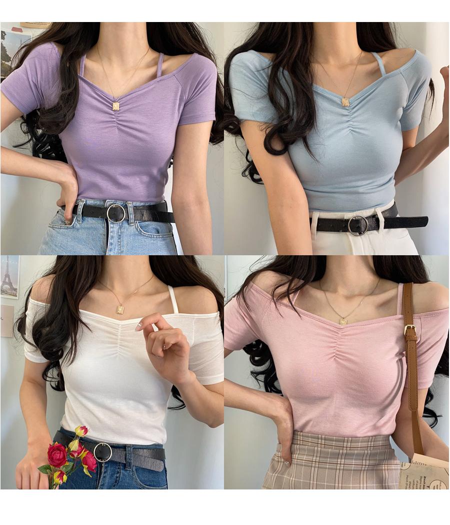 Winky shoulder strap shirred short-sleeved T-shirt