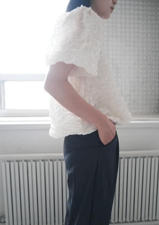 韓國空運 - emboss balloon half blouse 襯衫