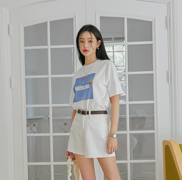 Loose Fit Graphic Print T-Shirt