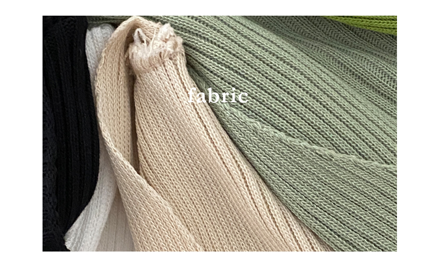 Signature Fit Art Ribbed V-Neck Short Sleeve Knitwear