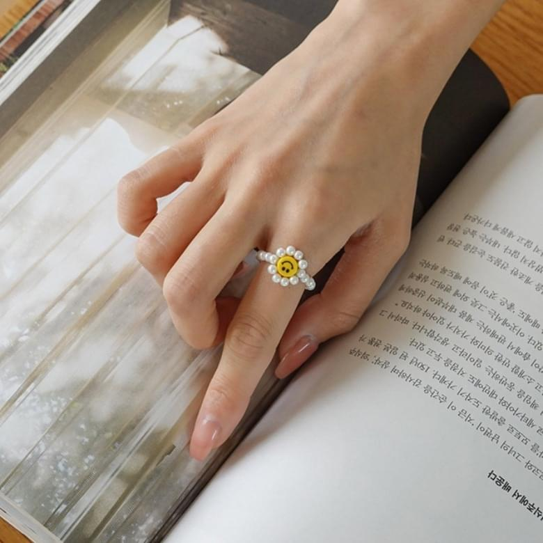 Flower smile cutie ring