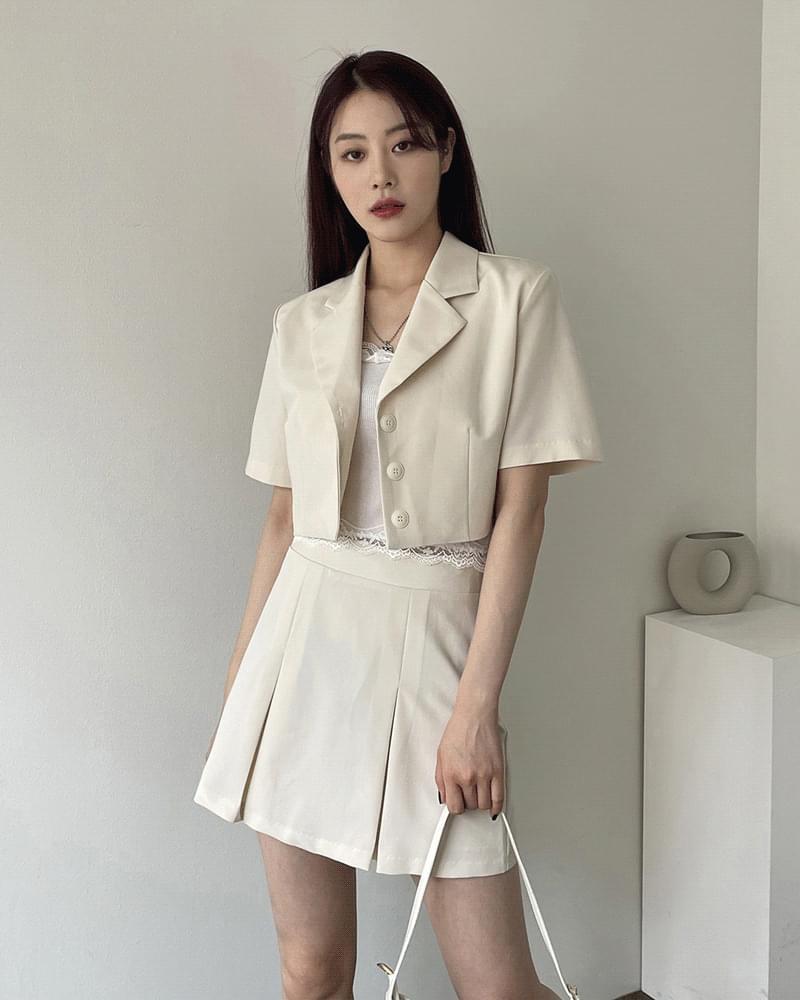 Sharel cropped short sleeve jacket pleated skirt setup