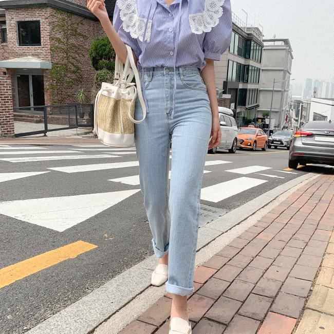 The return of the all-around straight long denim pants