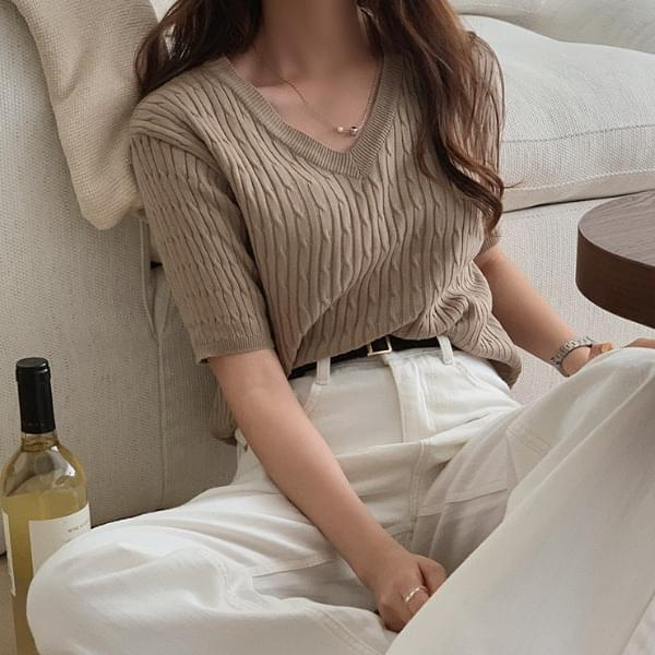 Essex Cable Short Sleeve Knitwear