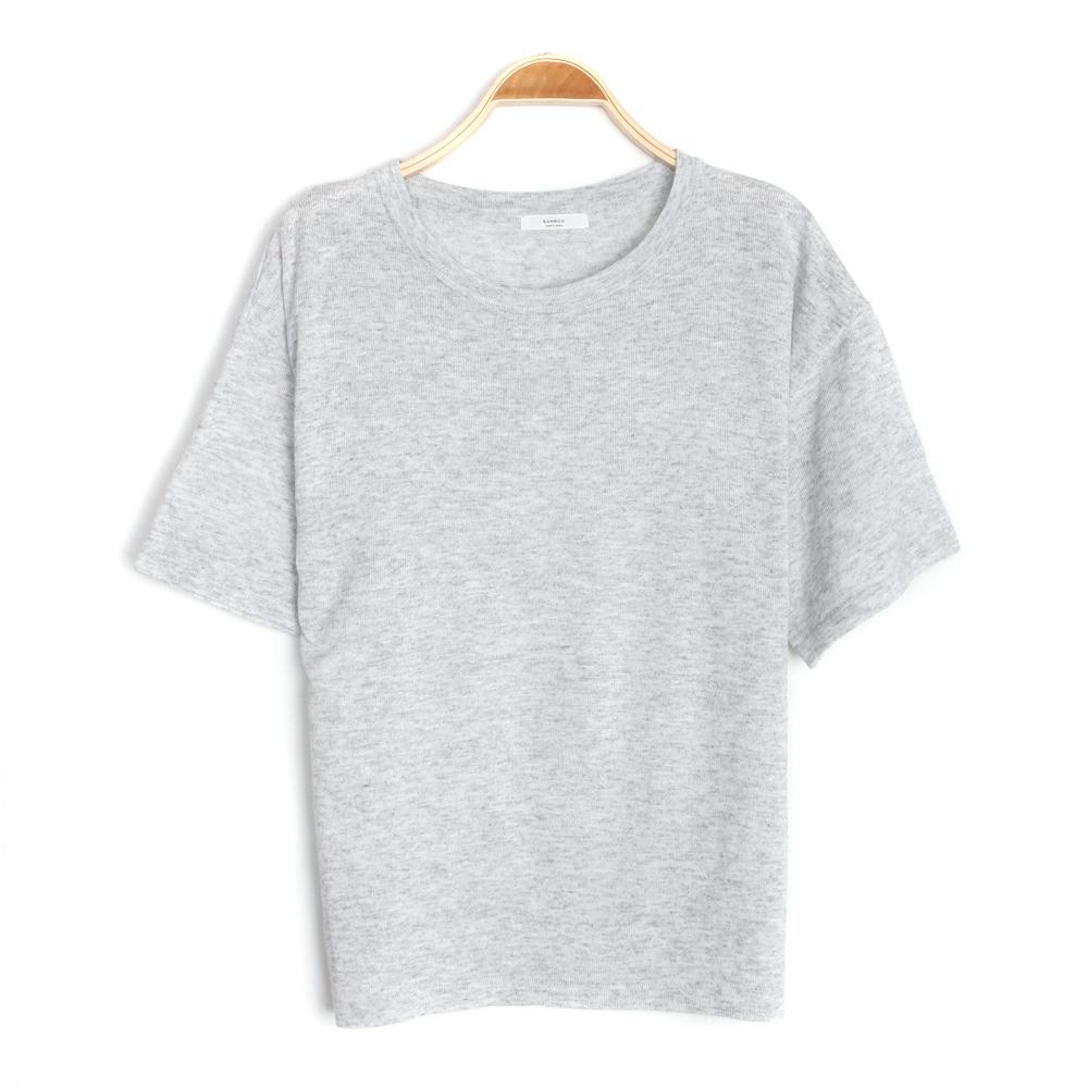 반팔 티셔츠 화이트 색상 이미지-S2L7