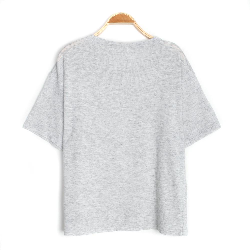 반팔 티셔츠 화이트 색상 이미지-S2L8