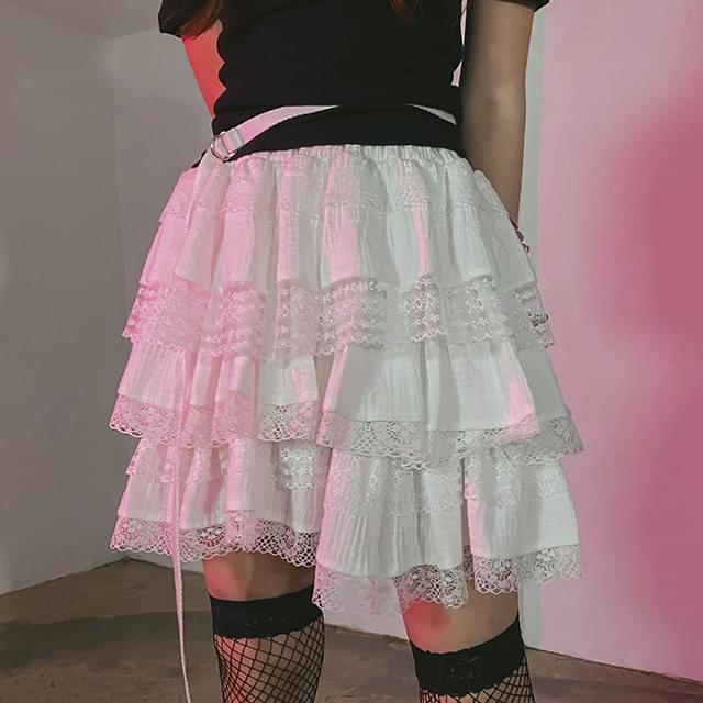 Lace tennis mini skirt