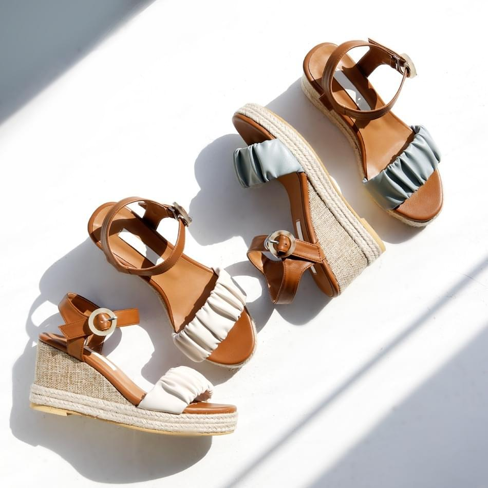 Sweet Day Wedge Slingback Sandals 8cm