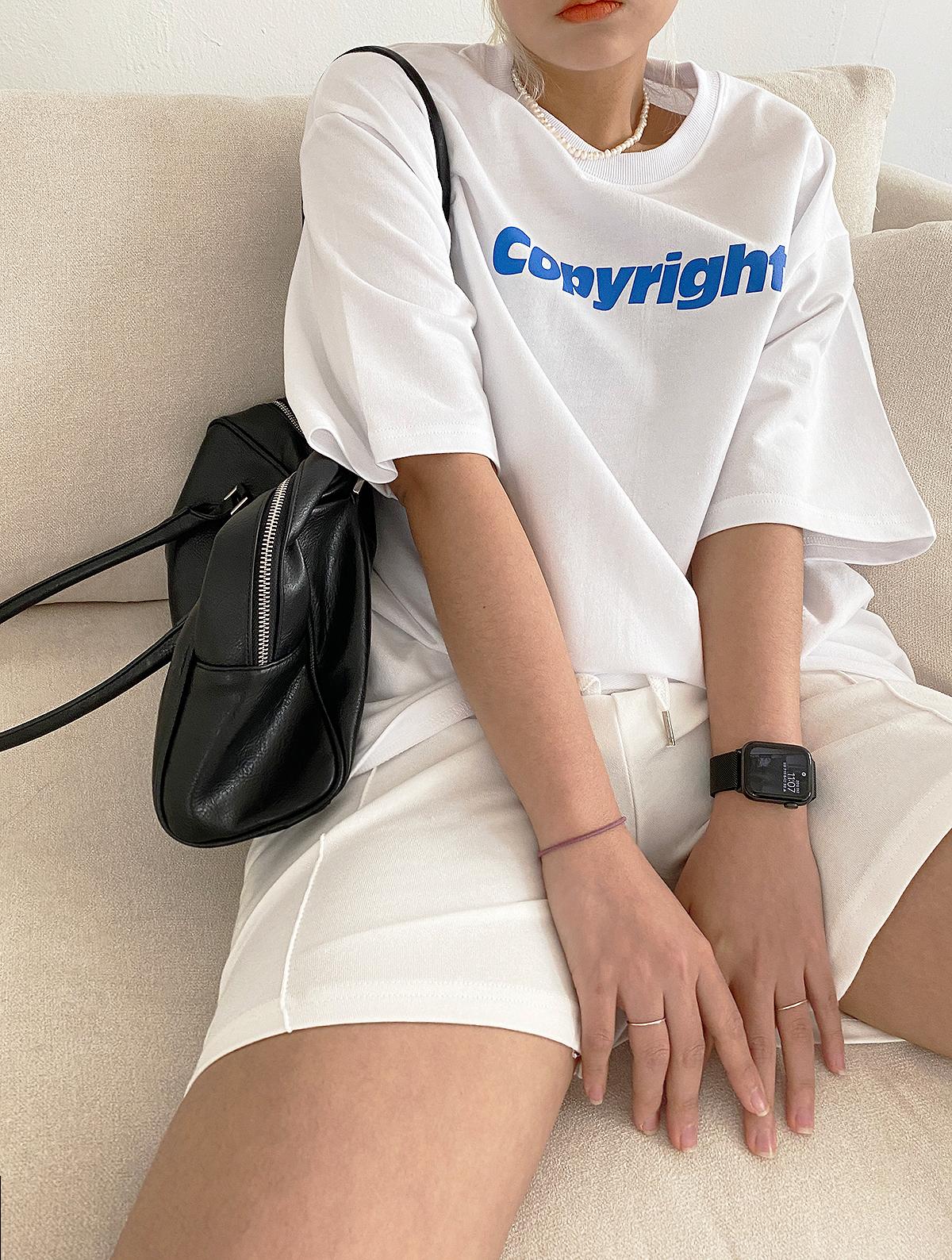 반팔 티셔츠 모델 착용 이미지-S1L27