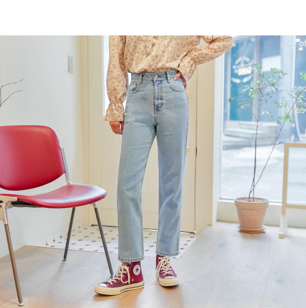 dress model image-S1L1