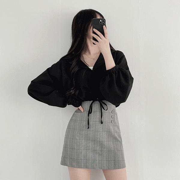Button set check skirt