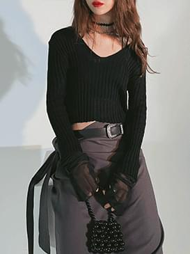 V-Neck Beading Crop Knitwear
