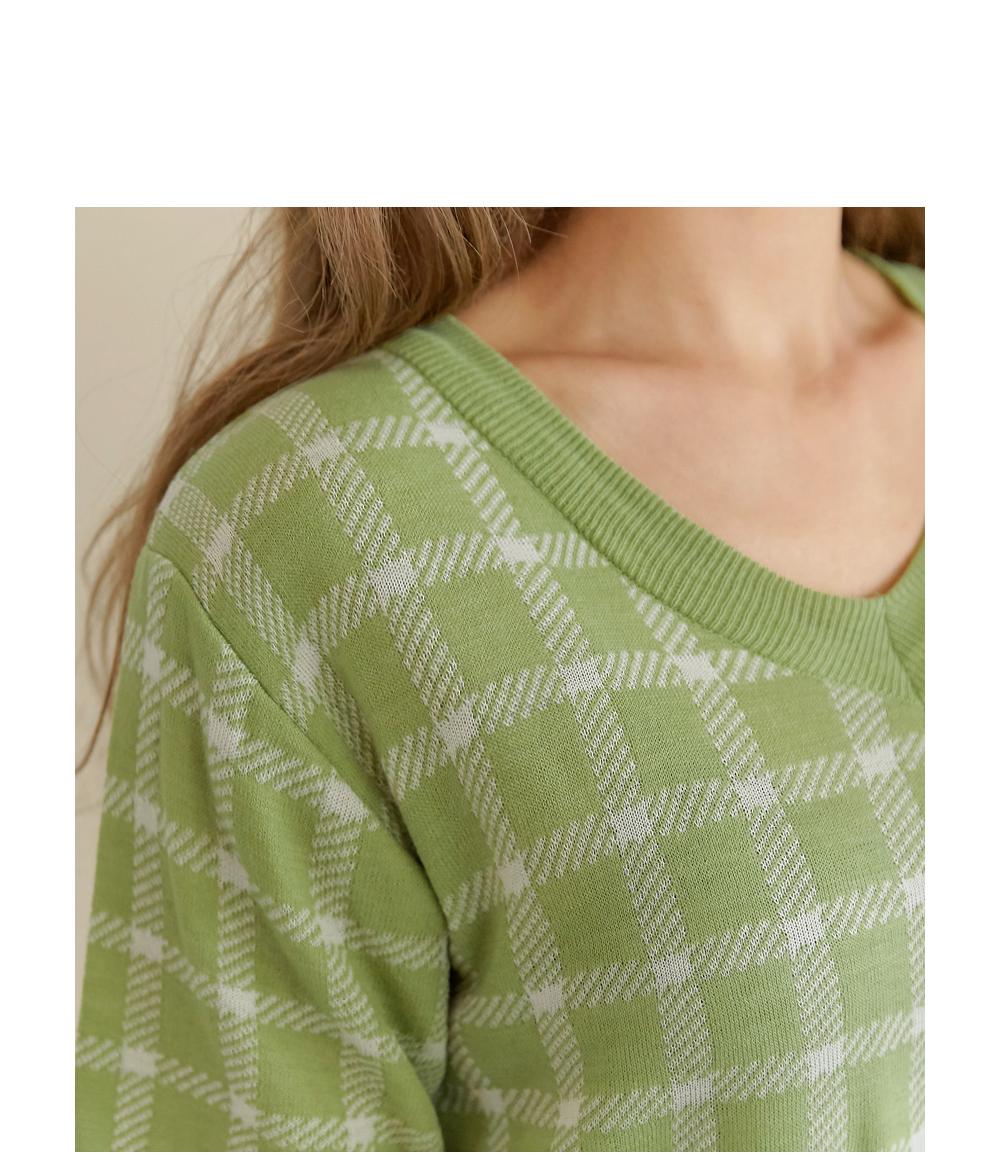 dress detail image-S1L7