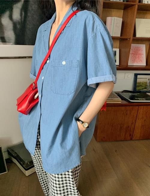 Roll-up Boxy denim short-sleeved shirt