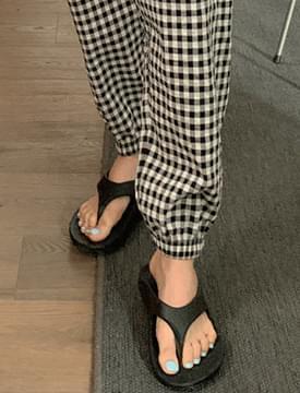 Daily Louver Flip Flops