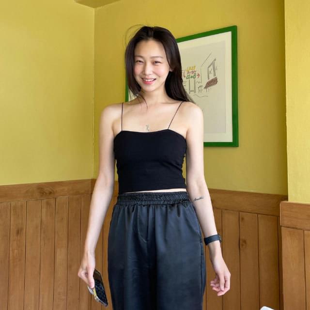 Sole cropped sleevelisty 無袖