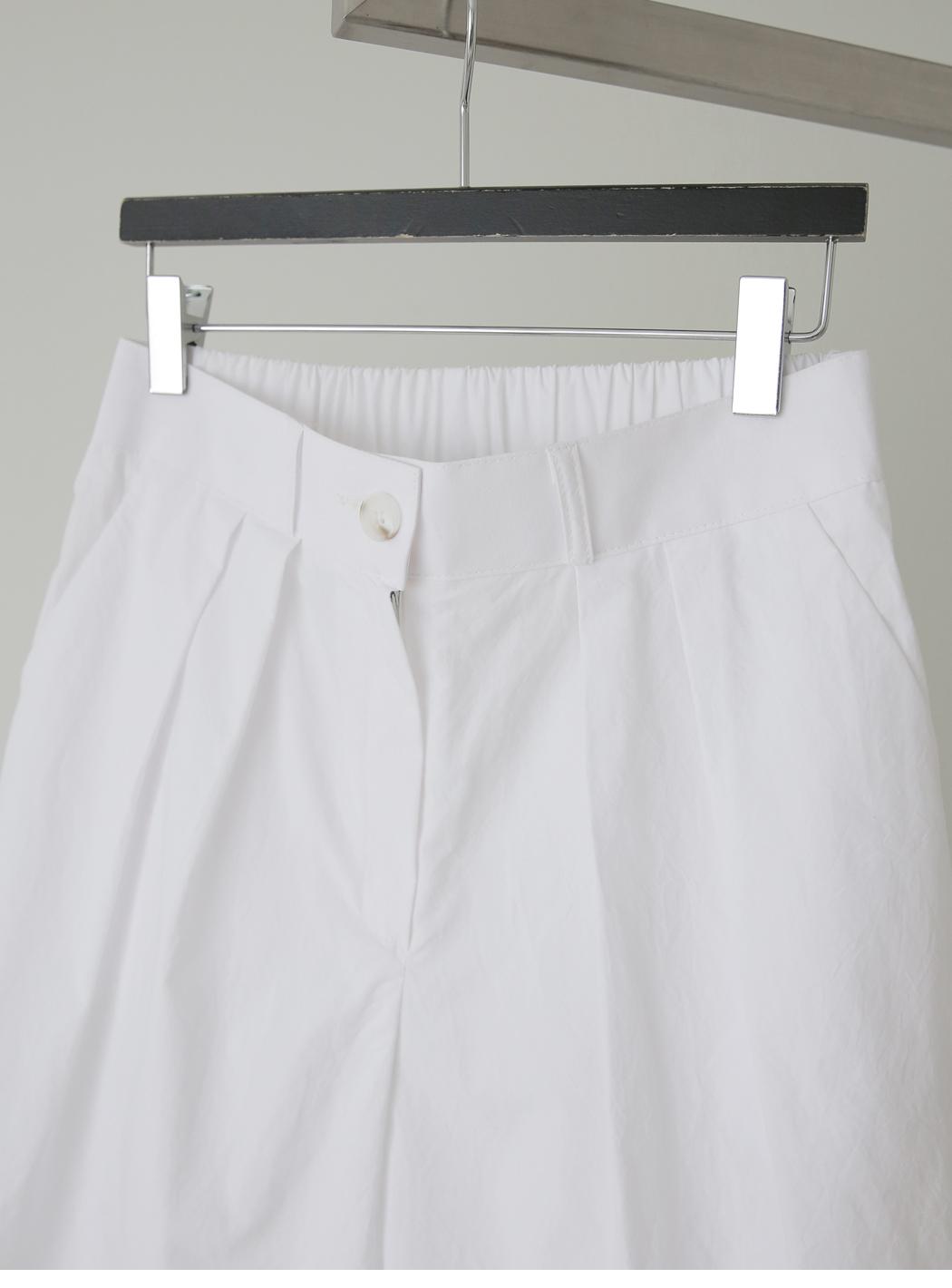 Mod Baslock 5-Buff Pin Tuck Pants