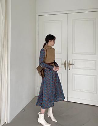 sale) wave collar Dress