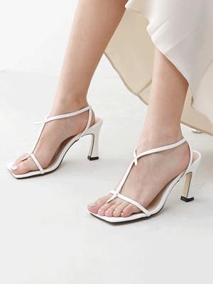 Isshu square outsole round stud embellished slim strap high heel sandals 2519