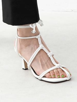 Isshu knot pre-strap heel sandal 2525
