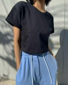 Roll-up point cropped short-sleeved tee