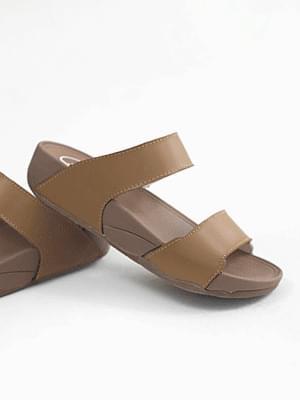 Each leather wedge slipper 4cm