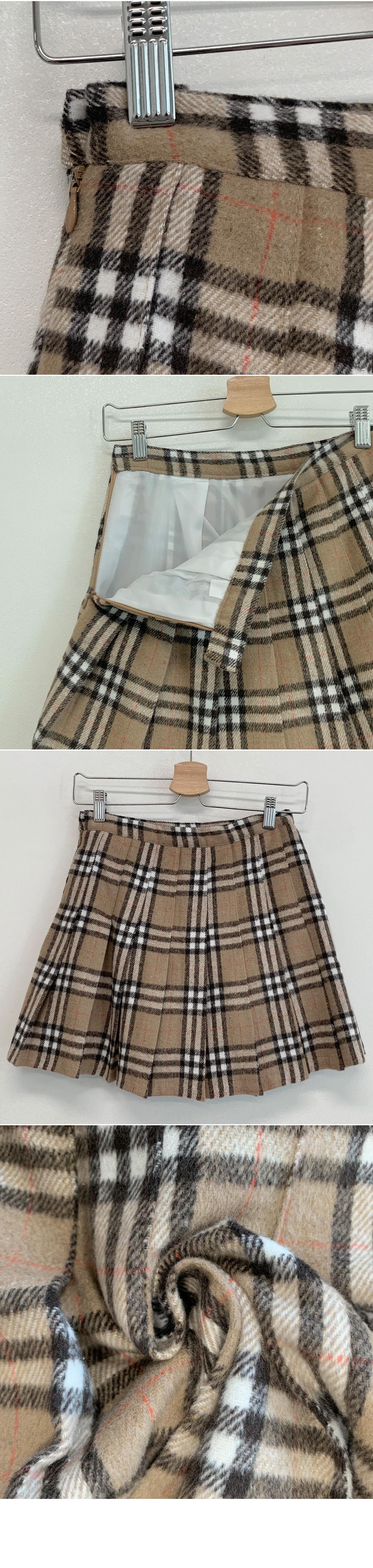 Rose check pleated mini skirt