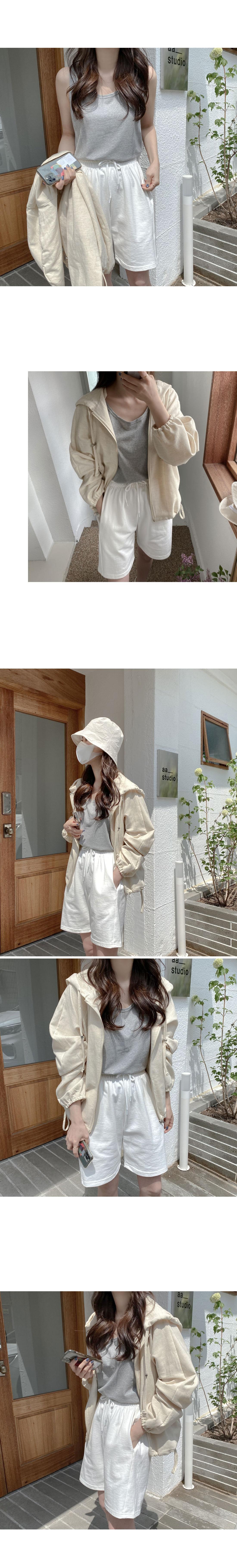 Gram Linen Sleeveless T-shirt