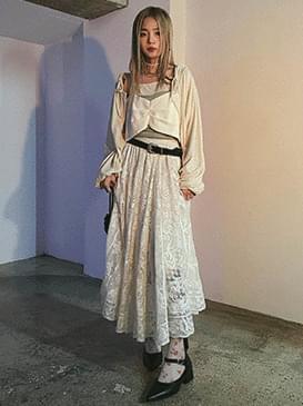 Lace kaed long skirt