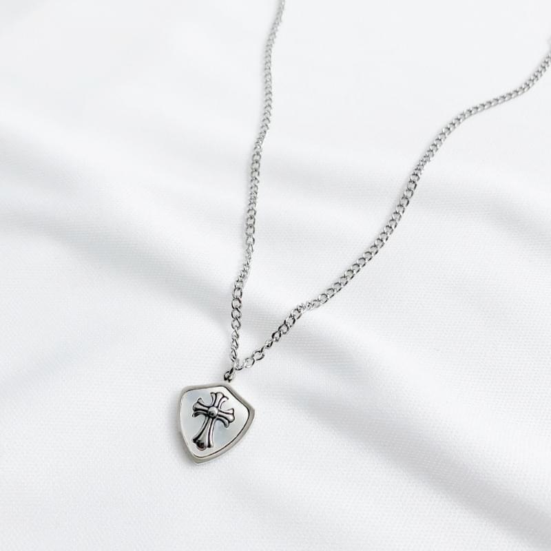Gothic cross chain necklace
