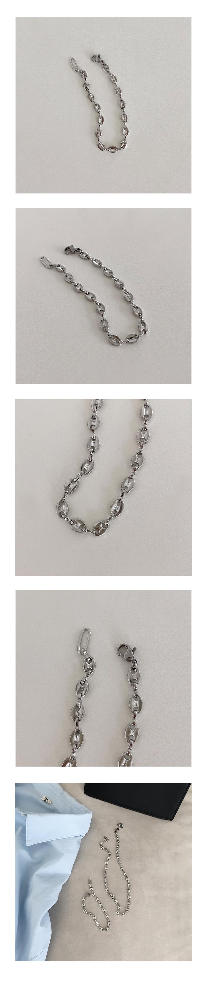 plug bracelet