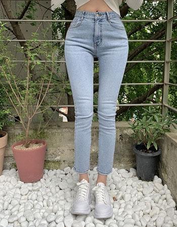 韓國空運 - Earth banhayi Light Blue denim slim-line pants 牛仔褲