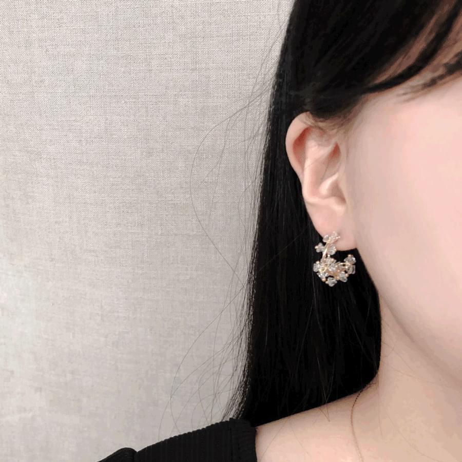 Transparent Flower Half Ring Earrings