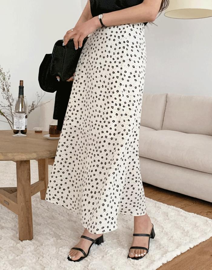 Michel Dot Flower Banding Long Skirt
