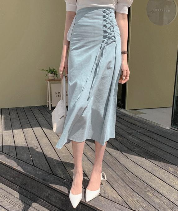 Eyelet ivy skirt