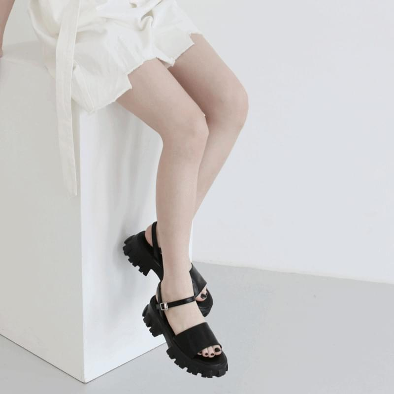 Movie full-heeled outsole sandals
