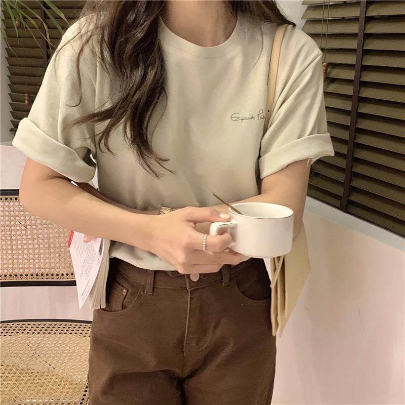 반팔 티셔츠 모델 착용 이미지-S1L20