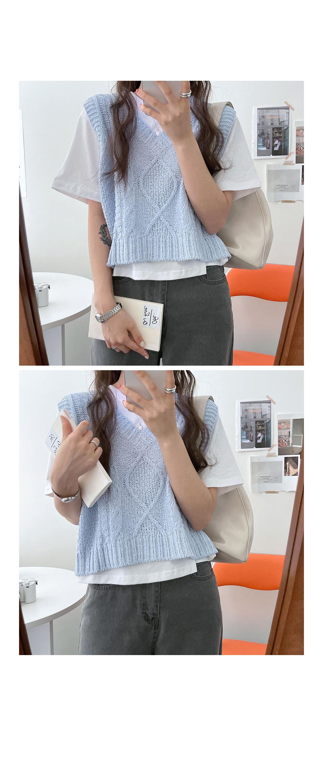 Chou bukeul Twisted Knitwear Jackets