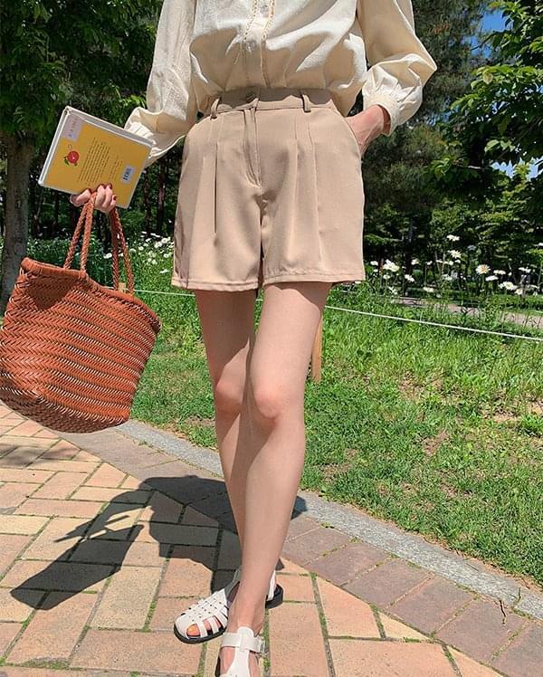 韓國空運 - Earth pintuck shorts 短褲