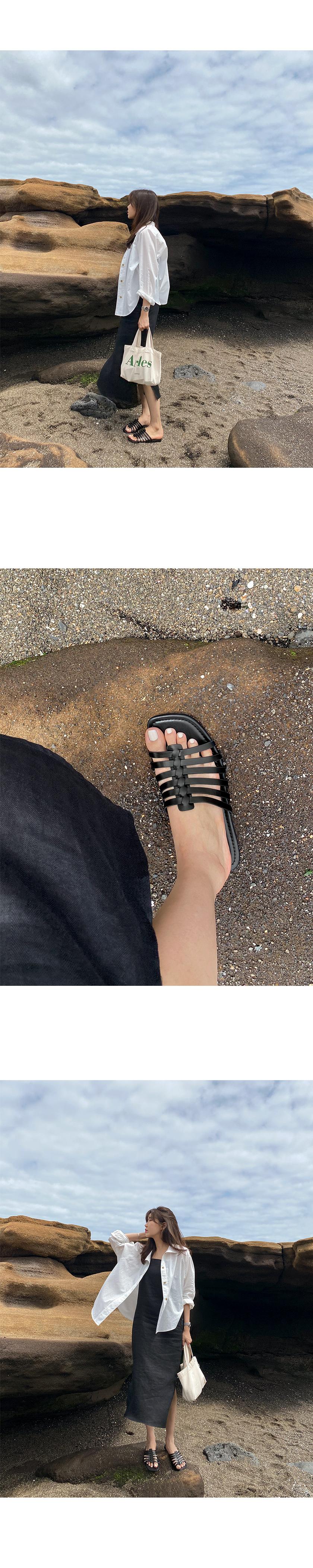 Arose strap slippers